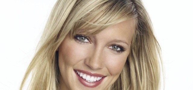 Arrow Finds Its Canary – And It's Katie Cassidy!