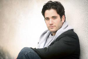 "Colin Donnell Talks ""Tommy Merlyn"" With Broadway.com"