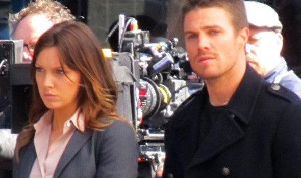 New Photos From The Arrow Pilot Shoot – First Look At Katie Cassidy As Laurel/Black Canary