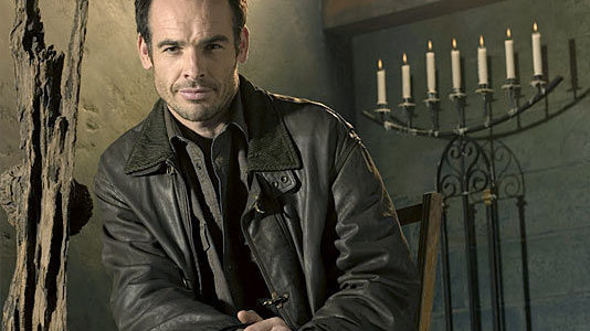 Paul Blackthorne & Jamey Sheridan Join The Arrow Pilot