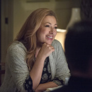 "Alex Kingston Returns In Arrow Episode #3.9 ""The Climb"""