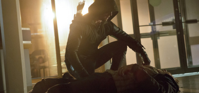 "Arrow Episode 6 ""Legacies"" Images: The Royal Flush Gang!"