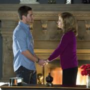 "Arrow ""Betrayal"" Extended Promo Trailer"