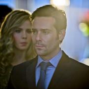 """Arrow """"Dodger"""" Trailer: BSG's James Callis Guest Stars!"""