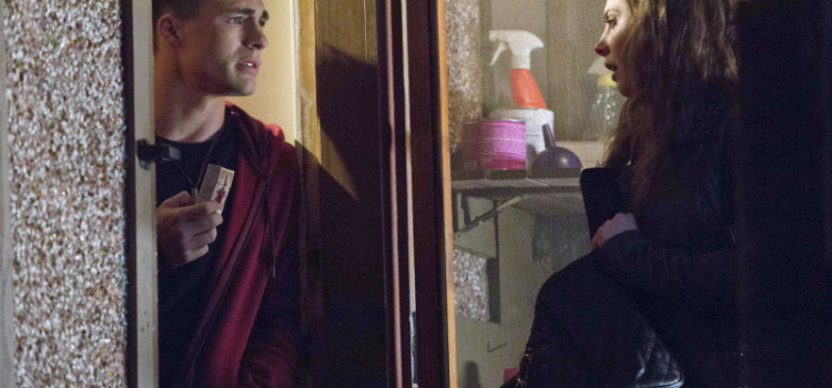 "Arrow Episode 15 ""Dodger"" Photos – With Colton Haynes As Roy Harper!"