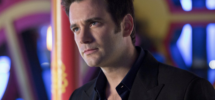 Video Interview: Colin Donnell Talks About Tommy Merlyn's Relationships & Flashbacks!