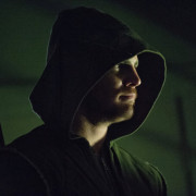 "Arrow Episode 19 ""Unfinished Business"" Images: The Count Returns!"