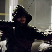 "Arrow Episode 22 ""Darkness On The Edge Of Town"" Trailer"