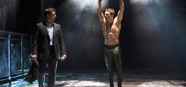 Interview: Andrew Kreisberg Talks About Wednesday's Arrow Season Finale!