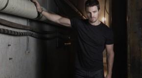 Arrow: Stephen Amell Talks Season 3 Flashbacks… Including Someone's Return