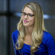 GreenArrowTV On Set: Interview With Emily Bett Rickards (Felicity Smoak!)