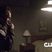 """Arrow: Screencaps From The """"Broken Dolls"""" Preview Clip"""