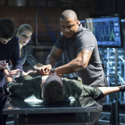 "Arrow ""Three Ghosts"" Producer's Preview – With More Clips From Tonight's Show!"