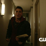 "Arrow: Screen Captures From A ""Three Ghosts"" Preview Clip"