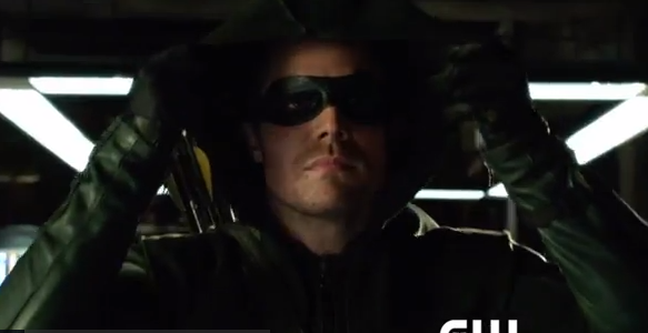 Oliver Queen's Mask: Kreisberg, Berlanti & Johns Talk ...