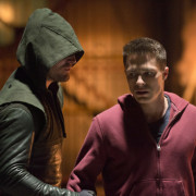 "Arrow #2.12 ""Tremors"" Recap & Review"
