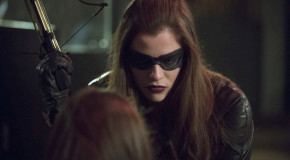 "Arrow: ""Birds of Prey"" Extended Promo Trailer!"