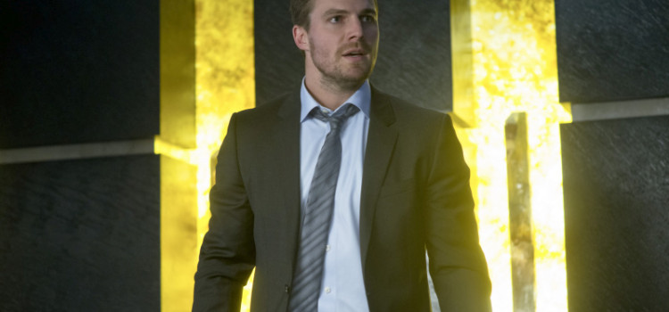 "Arrow ""Deathstroke"" Trailer & Pics!"