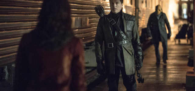 Arrow: Andrew Kreisberg Talks Malcolm's Return – With New Photos