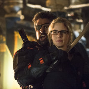 "The ""Unthinkable"" Arrow Season Finale Gets An Extra 75 Seconds"