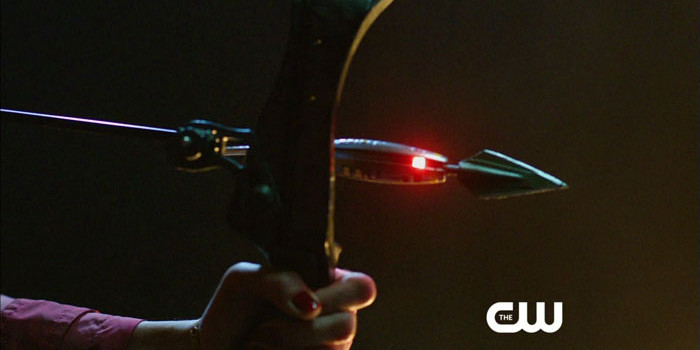 """Arrow: """"Streets Of Fire"""" Preview Clip"""