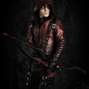 SDCC Video: Colton Haynes On The Arsenal Costume, Thea & More