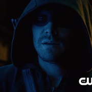 "Arrow Season Premiere ""The Calm"" Preview Clip: Arrow vs. Oliver"