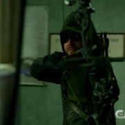 "Arrow: Screen Captures From A ""Guilty"" Preview Clip"