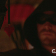 "Arrow: Screencaps From A ""Draw Back Your Bow"" Preview Clip"
