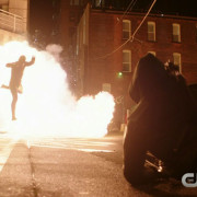 "A New, Longer ""Flash vs. Arrow"" Trailer!"