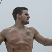 It's Happening: Stephen Amell To Compete on American Ninja Warrior