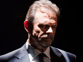 Arrow Casts V's Marc Singer As Matthew Shrieve