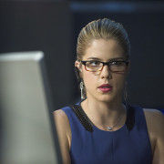 "Arrow: Official Images From ""Left Behind"""