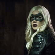 "Arrow: ""Midnight City"" Preview Images – With Black Canary In Action!"