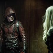 "Arrow ""Unchained"" Official Description: Roy Harper Returns… And So Does Nyssa!"