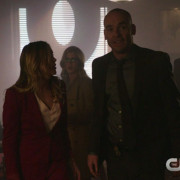 "Arrow: Screencaps From A ""Midnight City"" Preview Clip!"