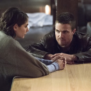 """Arrow """"Canaries"""" Canadian Promo Trailer Gives Very Big Things Away (SPOILERS)"""