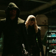 "Arrow: ""Canaries"" Extended Promo Screencaps: A Lethal Dose Will Raise The Dead"