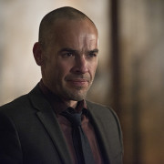 "Paul Blackthorne On Arrow's Goodbye, Mama Smoak & ""Public Enemy"""