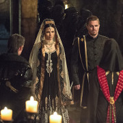 """Arrow: Official Photos From """"This Is Your Sword"""""""