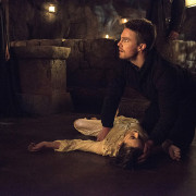 "Arrow: New Images From ""The Fallen"""