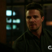 "Team Arrow & Malcolm In ""The Fallen"" Preview Clip & Screencaps"