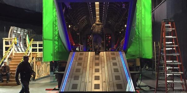 Marc Guggenheim Teases A New Set For The Arrow Season 3 Finale
