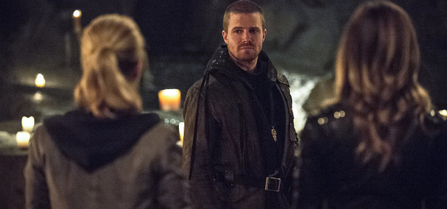 "Arrow: International Promos Reveal More ""This Is Your Sword"" Scenes"