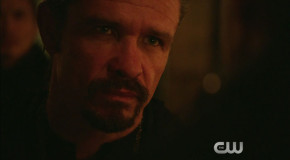 """Arrow: Screencaps From A """"This Is Your Sword"""" Preview Clip"""