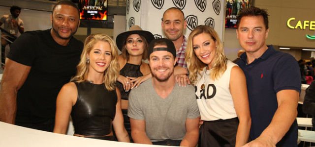 Arrow: Photos From The 2015 Comic-Con Autograph Signing