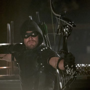 "Arrow #4.10 ""Blood Debts"" Promo Trailer: Is Felicity Going To Die?"
