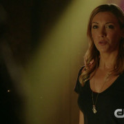 "Arrow: Screencaps From A ""Restoration"" Preview Clip"