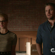 "Arrow: Screen Captures From A ""Beyond Redemption"" Clip"