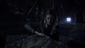 Laurel Digs Up Sara